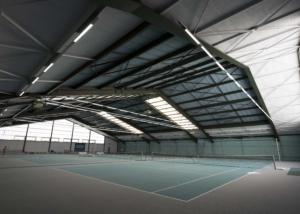Bild des Tennishallenplatzes des Träff Sportcenters