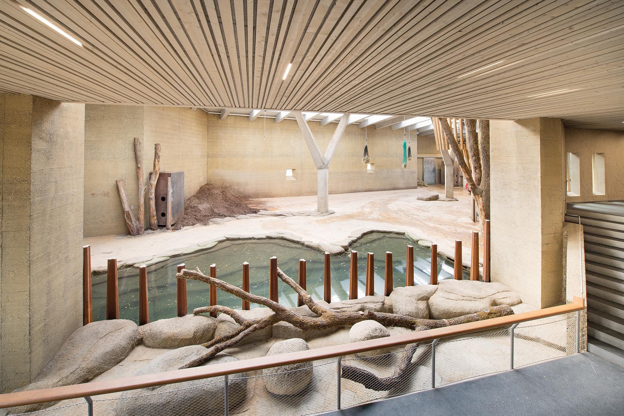 """Elefantenanlage """"Tembea""""im Zoo Basel"""