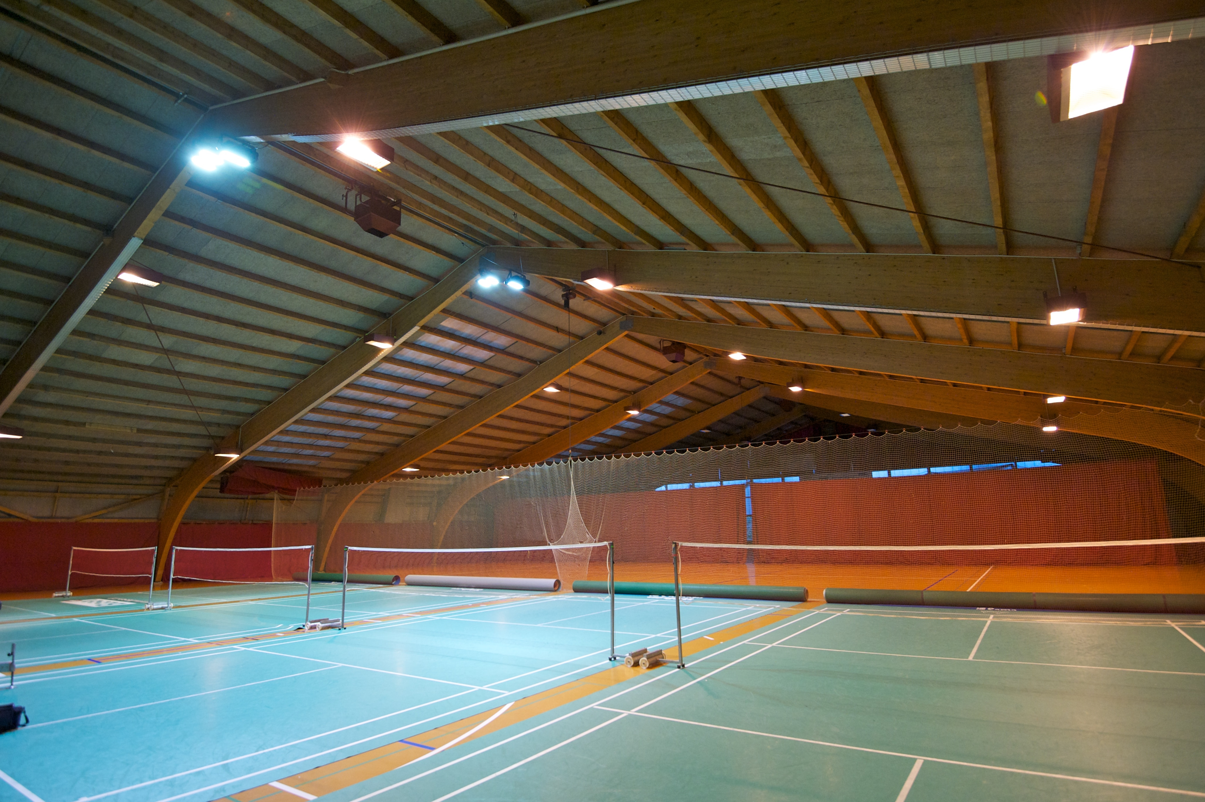 Picture of the tennis court at the Sportcenters Bustelbach