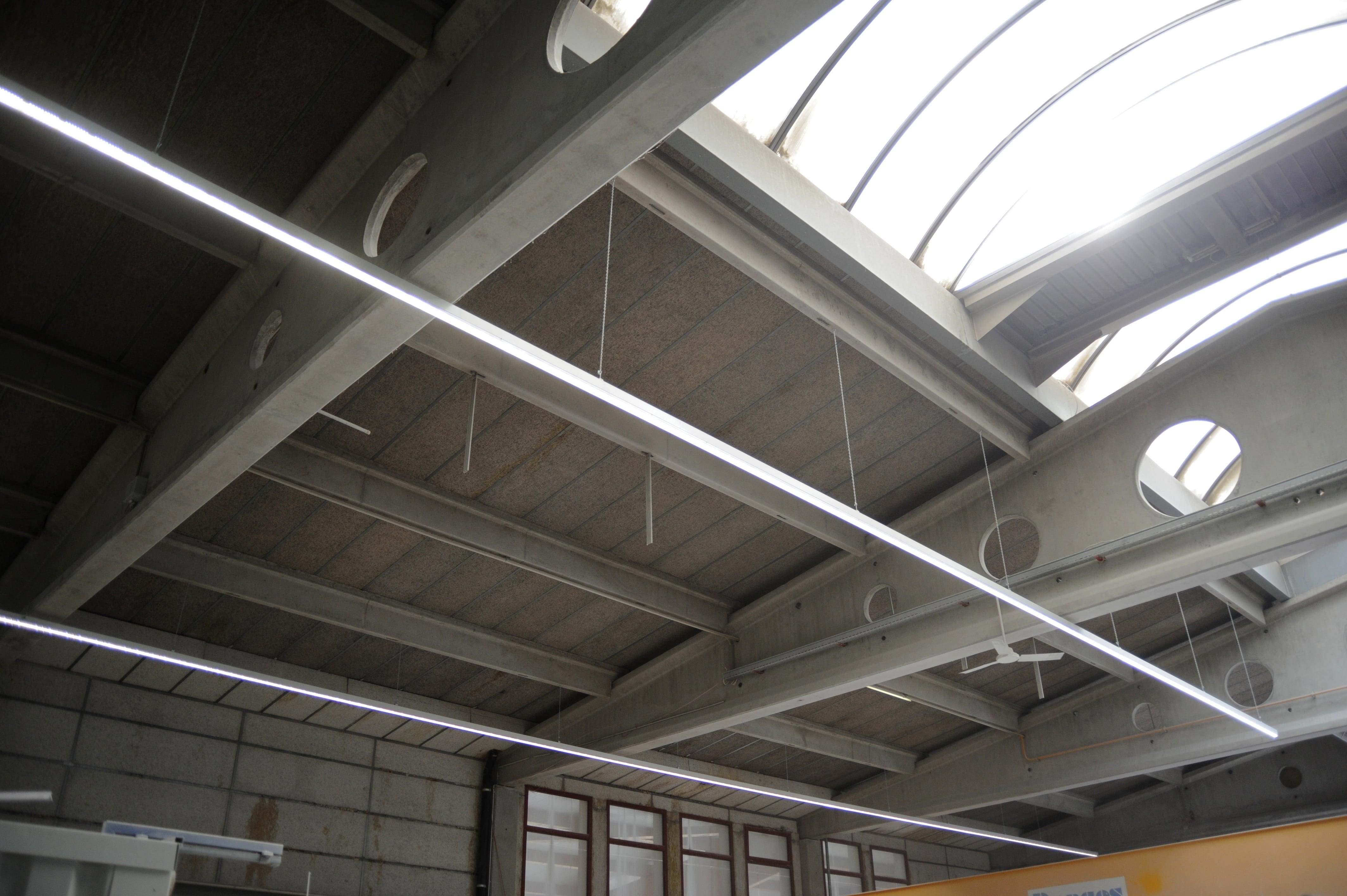 Bild einer der verwendeten Leuchten bei der Stahlton Bauteile AG in Frick