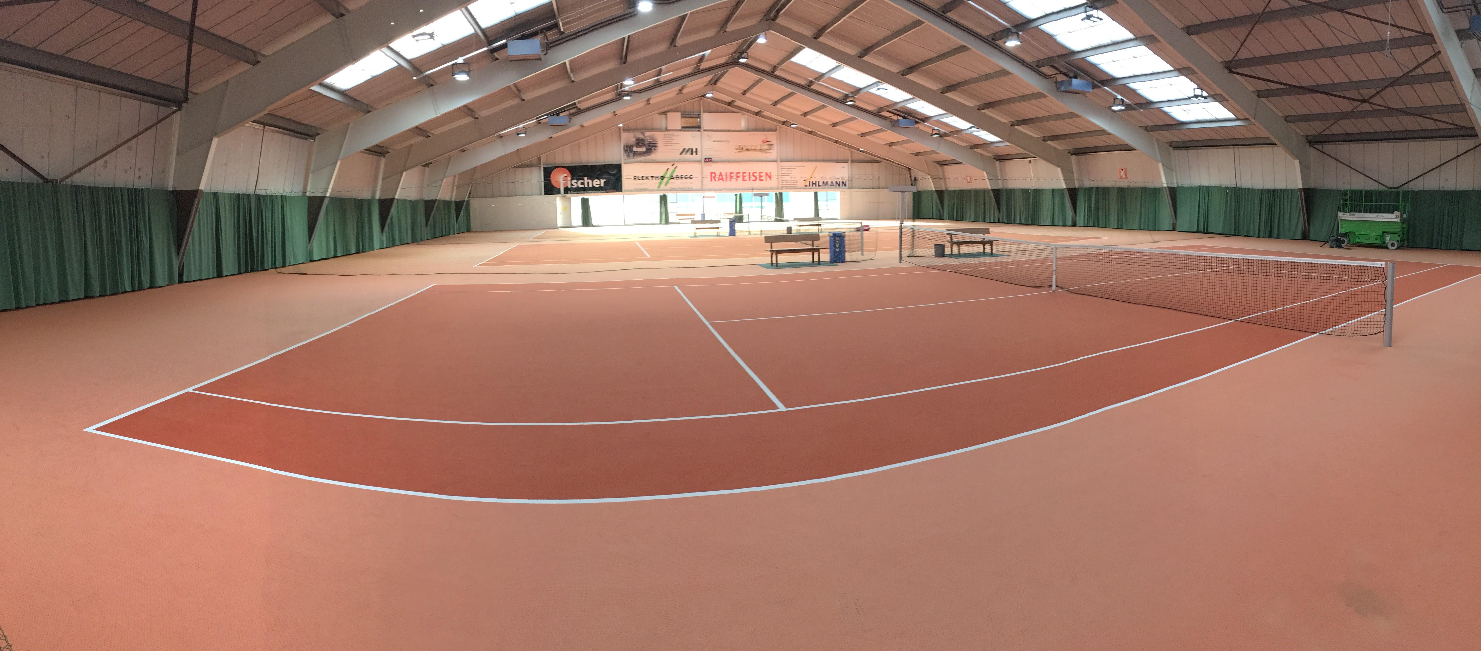 Tennisplatz im Sportcenter Leuggern