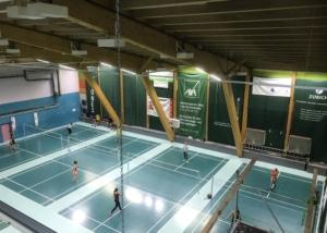 Bild der Badmintonhalle im Sportcenter Olympica Brig