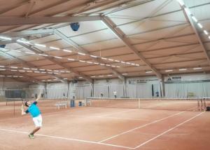 Bild der Tennishalle in Frohberg