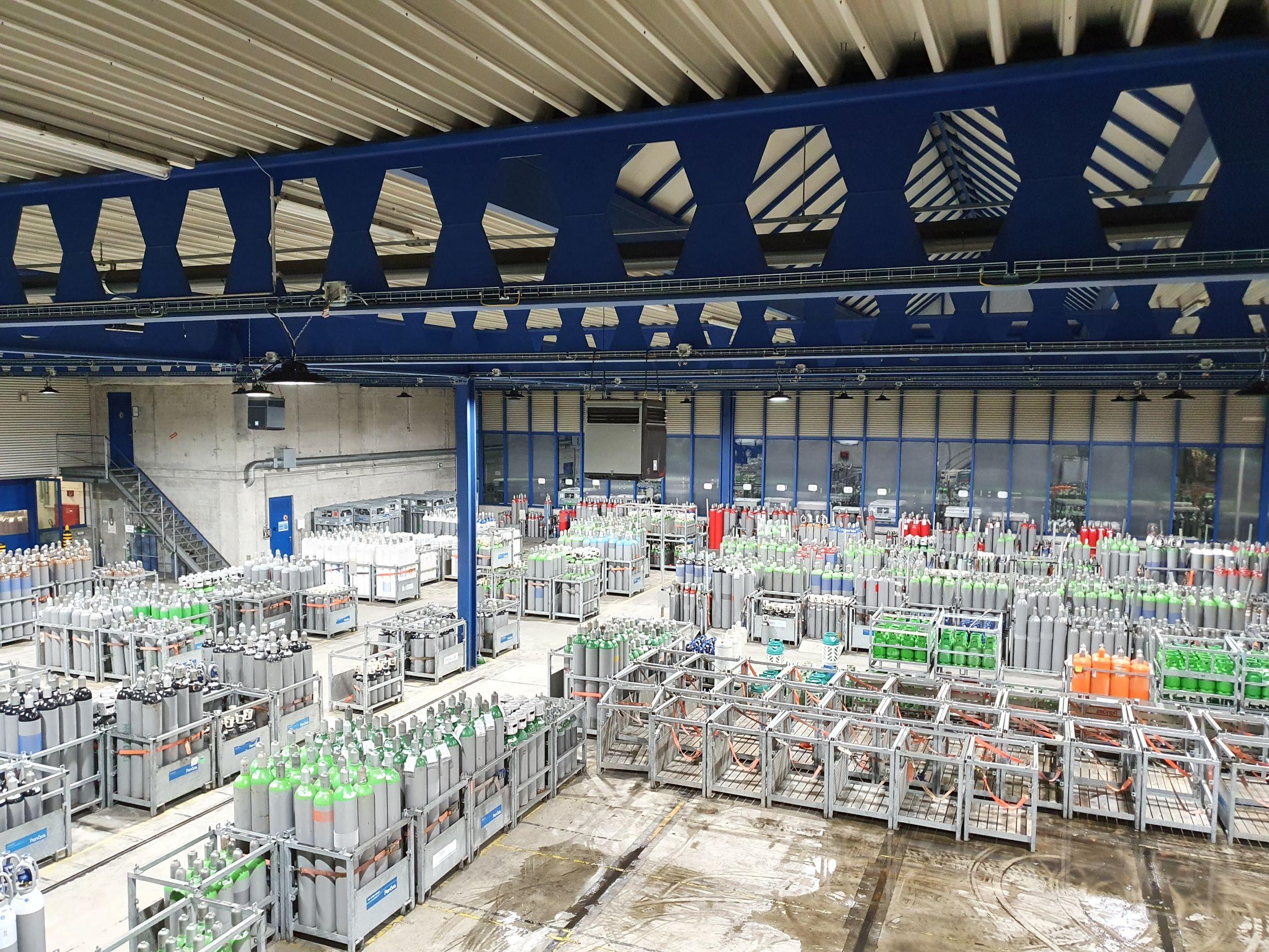 Bild der Industriehalle in der PanGas AG Dagmersellen