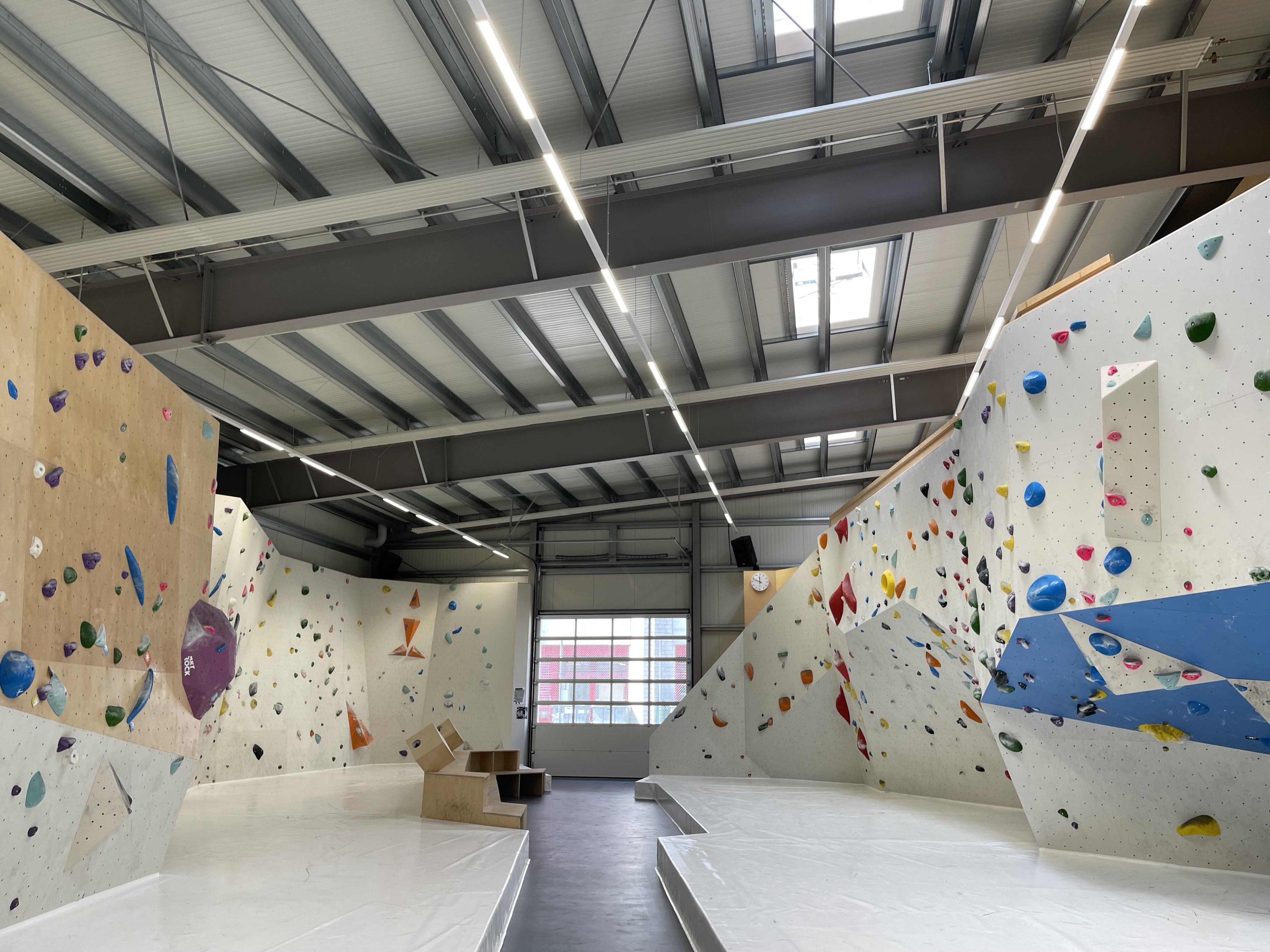 Bild der Boulderhalle 9grad im im Gesundheitspark Thalwil